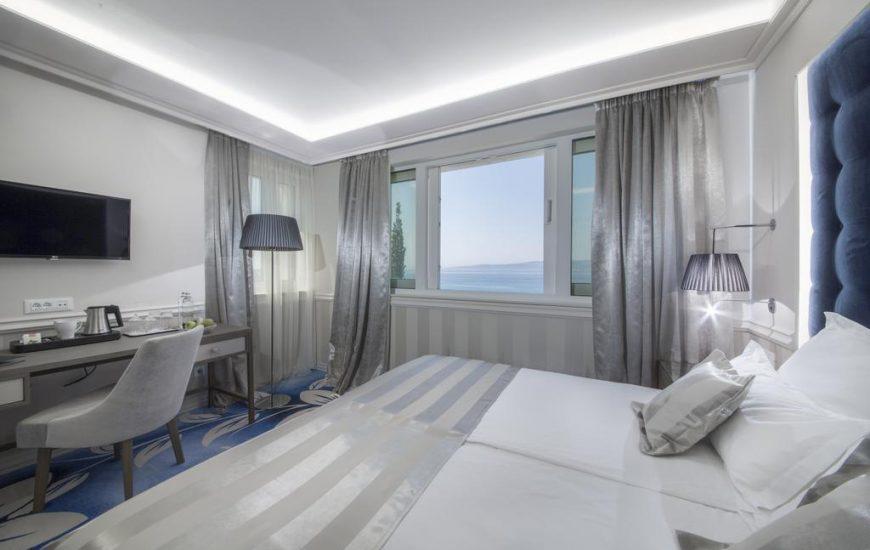 Grand hotel Slavia 4* – Baška Voda