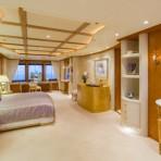Motor-Yacht-CALLISTO-Master-stateroom-665x405