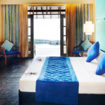 selectmeedhupparu-beach-room-bed1